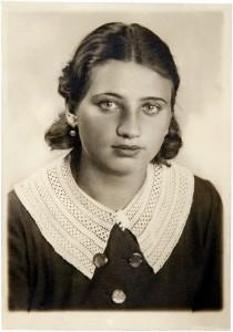 Genia Kluzówna, przyjaciółka Firy od lat szkolnych. I połowa lat 30. XX wieku